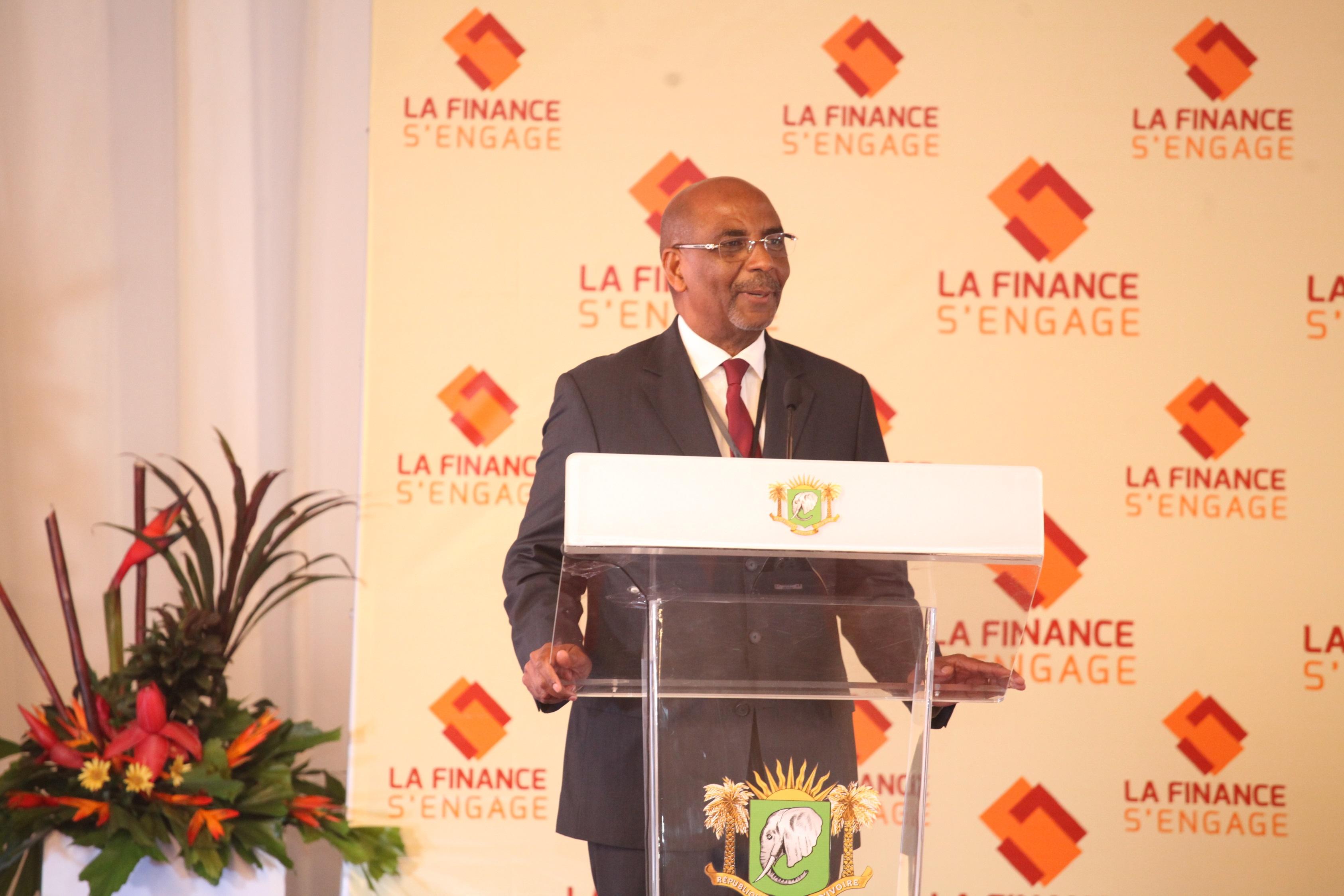 DEUXIÈME EDITION DU FORUM LA FINANCE S'ENGAGE  FINANCIERS ET LES PME SIGNENT UNE CHARTE D' ENGAGEMENT