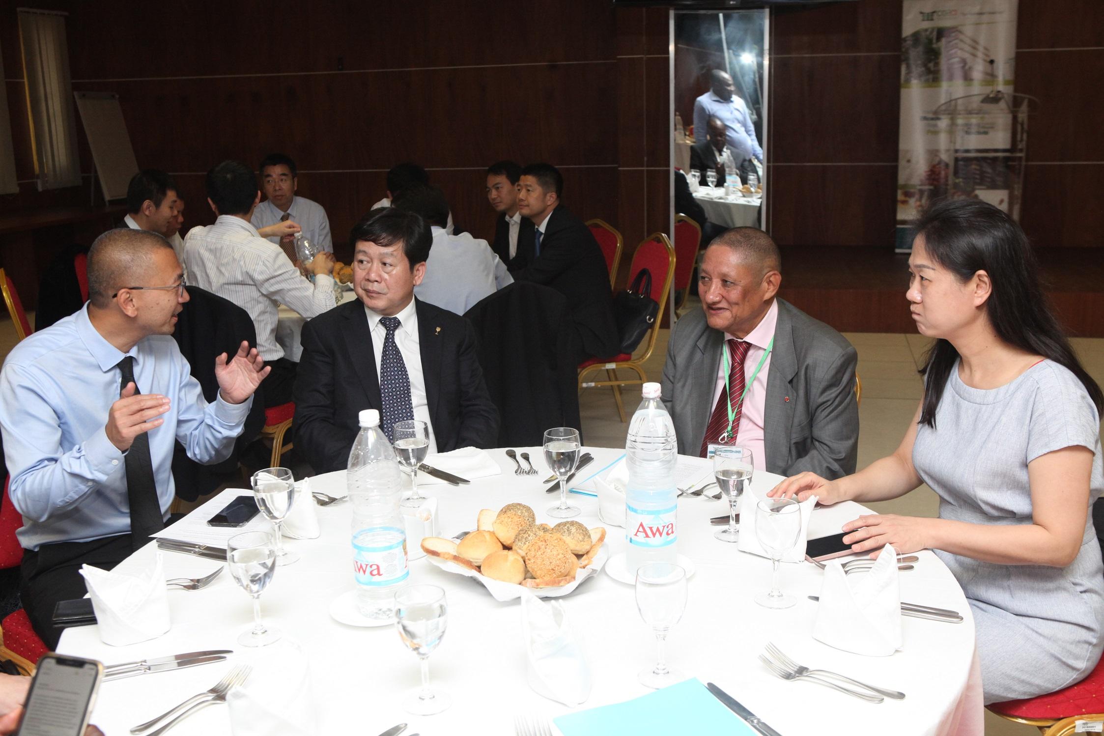 Coopération : la Chine invite les entreprises ivoiriennes à participer à la foire sino-africaine